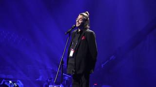 """Salvador Sobral Portugal """"Amar Pelos Dois"""" Live (Dress Rehearsal) Eurovision 2017"""