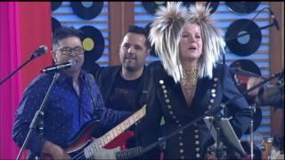 De volta aos anos 80, Yahoo canta Ilariê no palco da Xuxa
