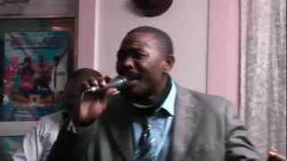 Solo Muna au Foufou Club vidéo