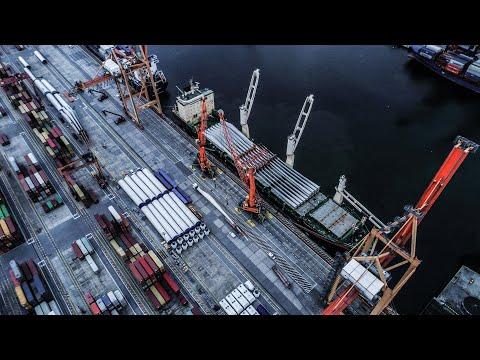 Największa dostawa elementów turbin wiatrowych w historii Portu Gdynia