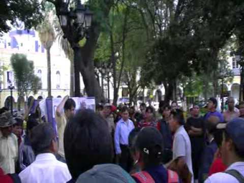 Viaje por Sudamerica di Giacomo Sanesi. Cochabamba (BOL). 01570 – discussioni politiche