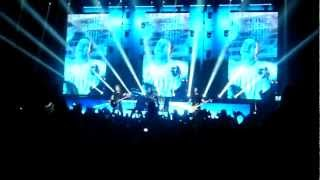 Nickelback - When We Stand Together (live 28.10.2012 St Petersburg)