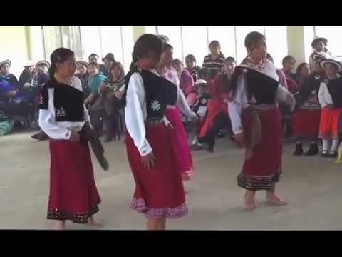 SISID: Presentación de danza de la Unidad Educativa en Navidad – ECUADOR en 2012