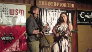 Sierra Hull - Duelling Mandolin Bluegrass Jam