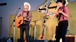 'Blue Umbrella' Luke Webb live at The Southgate Inn Tamworth 2011