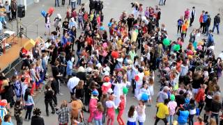 Collège Claude Debussy - Carnaval - 13 avril 2012 - LFMAO 2/2