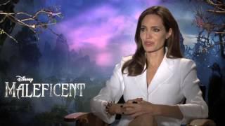 Conheça os bastidores do filme Malévola, com Angelina Jolie