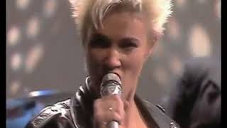Metallica feat.Roxette - She's got the blackened (1988)