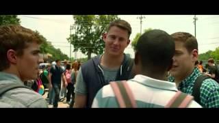 """21 Jump Street (Escena: """"Negro & Gay"""") LATINO"""