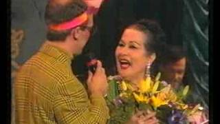 Yma Sumac gets furious and leaves the stage.