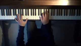 (HD) A Real Hero - Drive Movie Soundtrack - Piano Solo