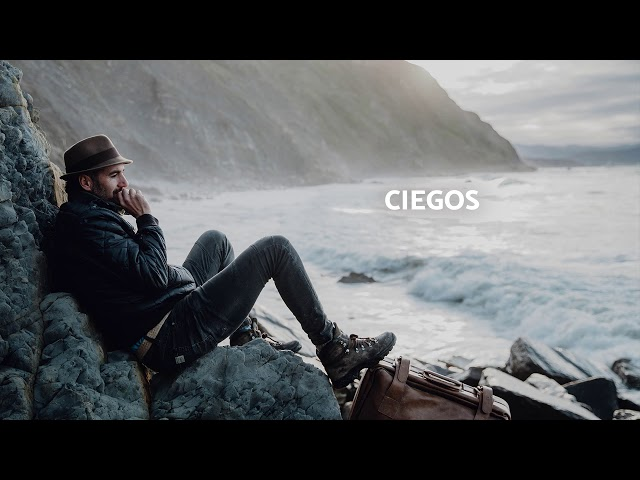 Video oficial ciegos con x the banjo