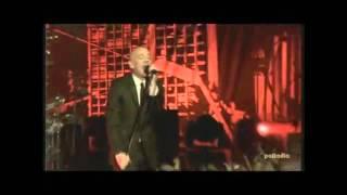R.E.M. - Living Well Is The Best Revenge (Live)