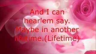 Sabrina Carpenter - Two Young Hearts - Lyrics