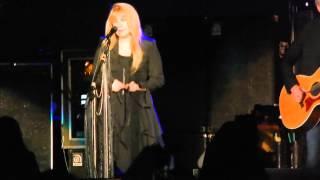 "Fleetwood Mac ""Landslide"" live in Atlantic City"