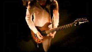DragonForce - Through the Fire and Flames (HQ Official Video).flv
