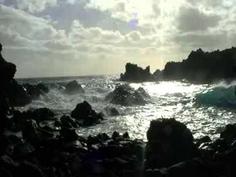 Viaje por Sudamerica di Giacomo Sanesi. Isla de Pascua (CIL). 01359 – ana kai tangata 2