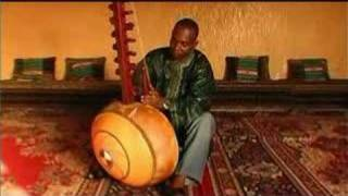 Toumani Diabate plays the Kora