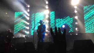 Kings Of Leon - Closer (Live in Manchester, 25th June 2013)