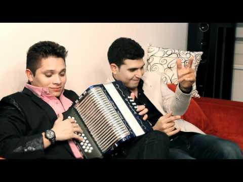 La Mujer De Mi Vida de Hector Zuleta Letra y Video
