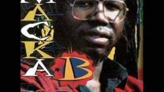 Macka B - Pam Pam Cameroun