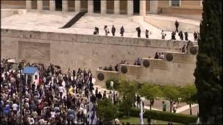 2010 05 05 revolta pe strazile atenei   grecia