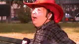 """Karlos Vargas """"Volver Volver"""" video clip (2008)"""