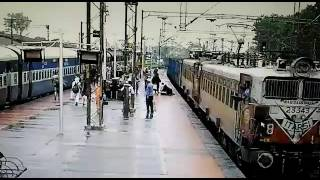 Watch The Breathtaking Video Of RPF Guard Saveing A Woman's Life