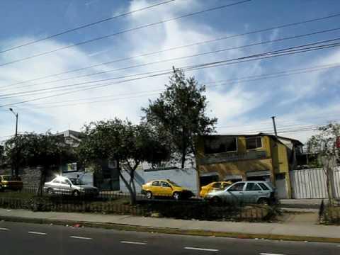 Quito / キト市内 車窓