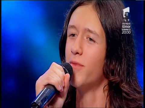 Ed Sheeran – Make It Rain. Vezi interpretarea lui Dragoş Luca, la X Factor!