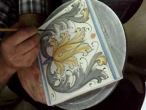 Come decorare una mattonella di ceramica fai da te mania