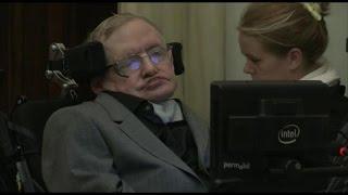 Stephen Hawking diz que não se pode perguntar o que havia antes do Big Bang