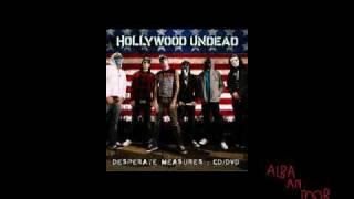 Hollywood Undead - Everywhere I Go (Live)