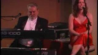 Lee Gentry - Come A Little Bit Closer