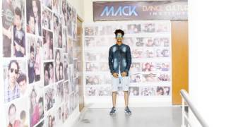 "Free Style Dance video on ""Aare Dwarpalo.."" by Mack Dance Cultural Institute"