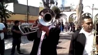 la viejita rompemadres-banda el rosario.mp4