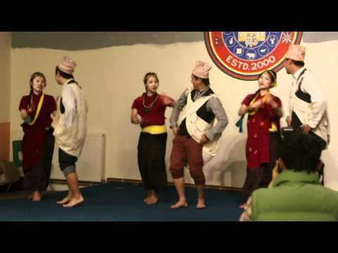 Bajho Khet Ma, Dance (Anekata Ma Ekata)