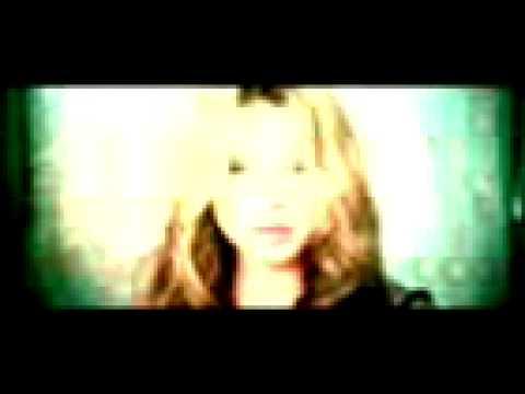 Addicted En Espanol de Sweetbox Letra y Video