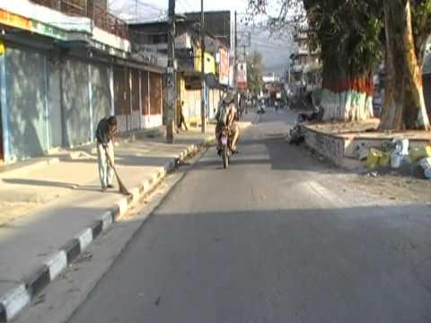 Paragliding in Nepal 2010-03-08 – Biking in Pokhara