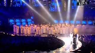 Christina Aguilera - Dirrty Intro At Ema 2003