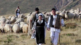 Mariana Anghel-Pleacă oile la vale (Official Video) NOU