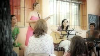 """El pájaro"" [de Lhasa de Sela] (Vecina Canciones + georgina hassan) Ultima vereda 2011"