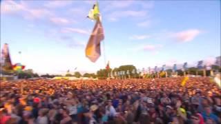 Bastille//Laura Palmer LIVE at Glastonbury 2016