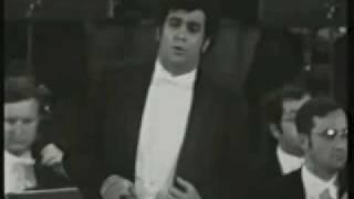 """Plácido Domingo sings """"La fleur que tu m' avais jetée""""1970 LIVE!!!"""
