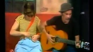 Don Ramón tocando la guitarra