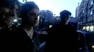 Noel Gallagher leaving Soundcheck Amsterdam Melkweg 30/11/2011