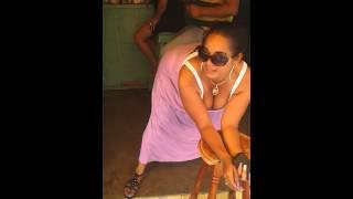 Evelin bailando la chapa