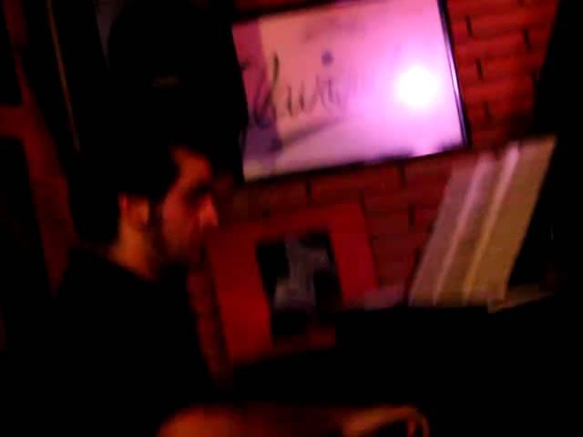 Vídeo de un directo en la sala Clavicémbalo.