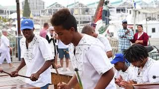 Despacito - Marimba street performance in Cape Town