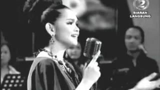Siti Nurhaliza - Merak Kayangan (live)